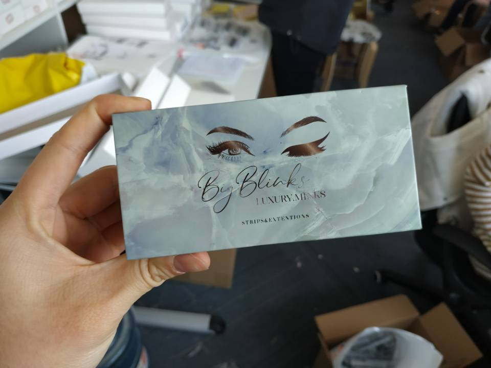 eyelash box manufacturer